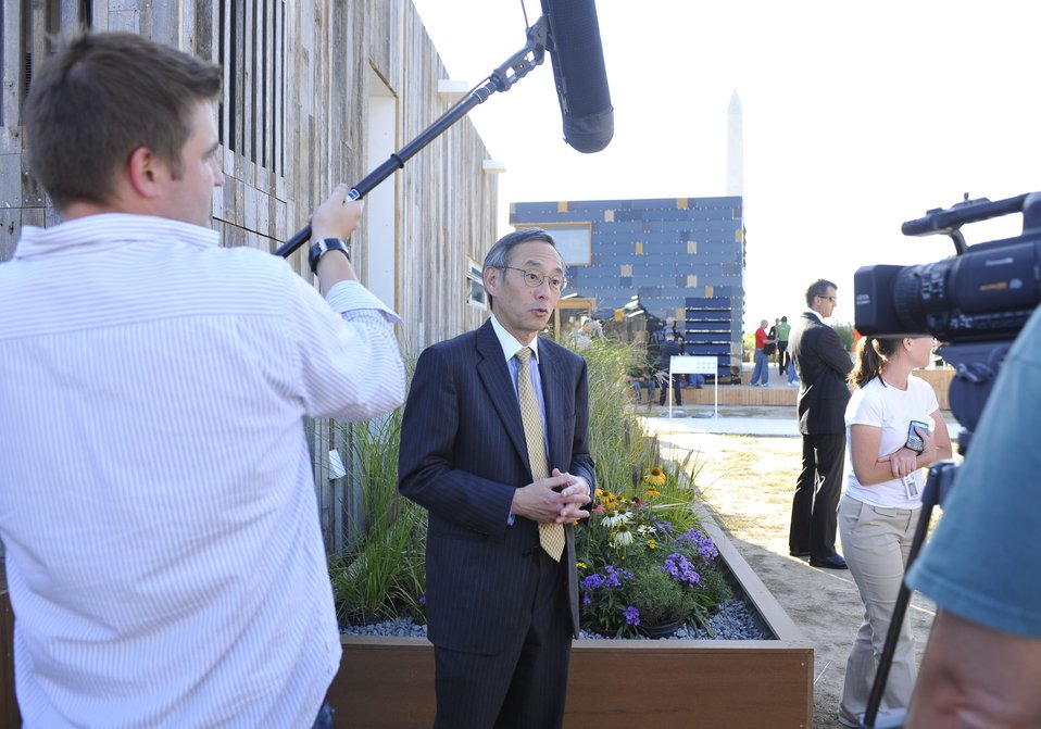 Solar Decathlon 2009 on the National Mall, with Sec. Chu