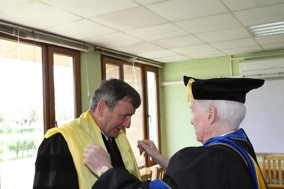100526 AUAF Graduation 050