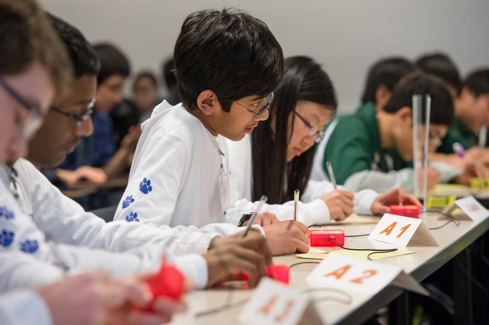 Photo of the Week: Students from Roosevelt Middle School win the 2013 Regional Science Bowl
