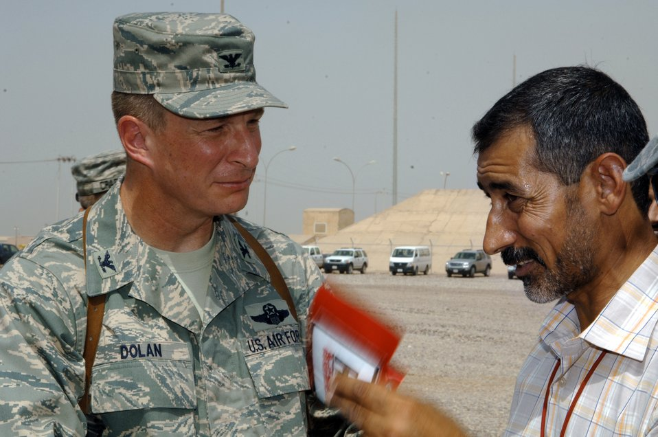 Iraqis sign container contract with Joint Base Balad