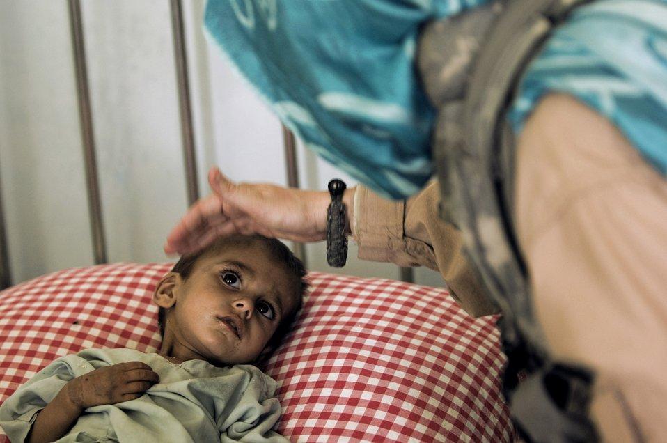 Zabul team combats malnutrition, unsafe water