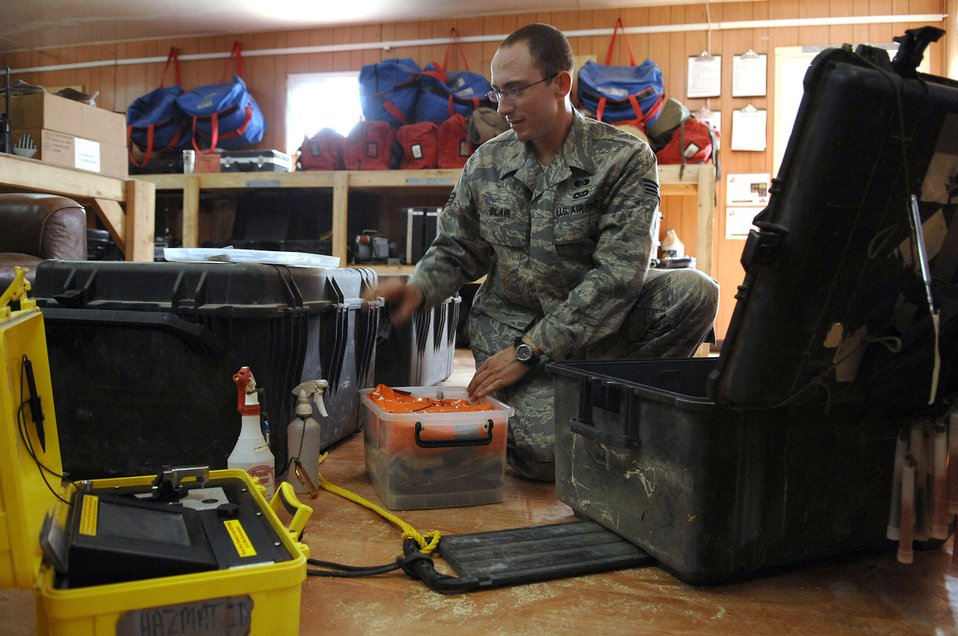 Airman's packaging idea carves hours from hazmat response