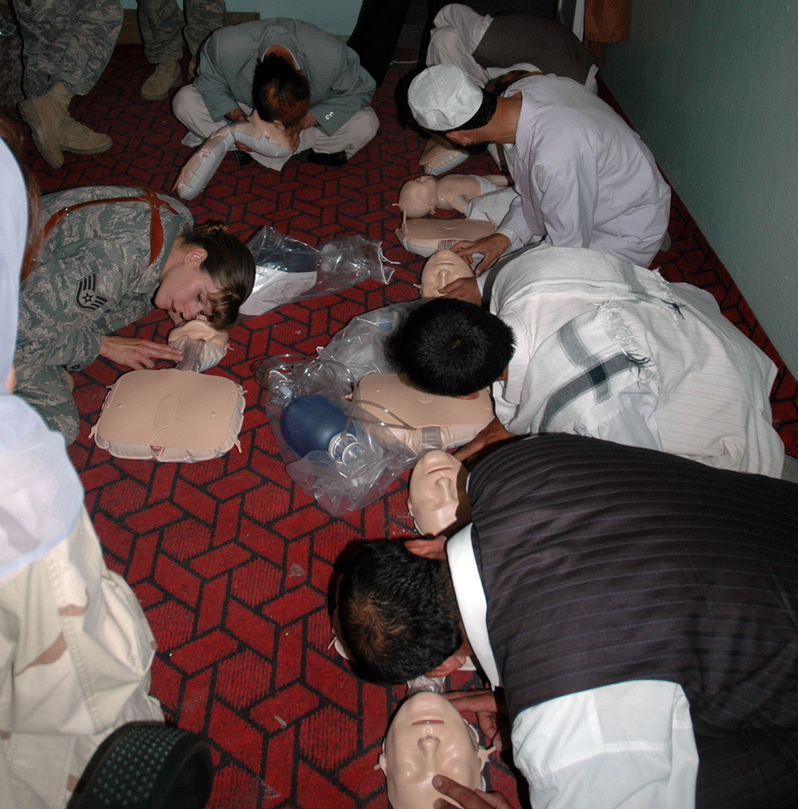 Servicemembers teach CPR to Afghan medical providers