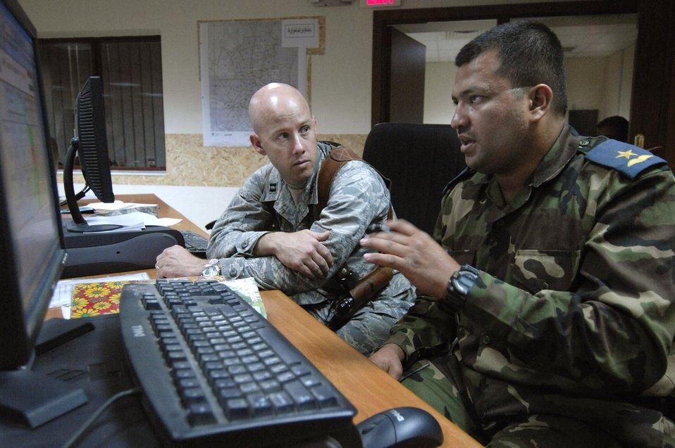 Airmen teach Iraqis Western-style command, control