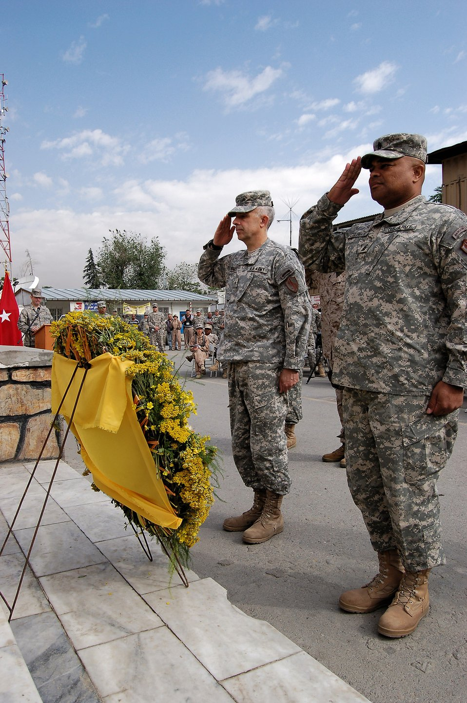 Deployed servicemembers honor fallen heroes