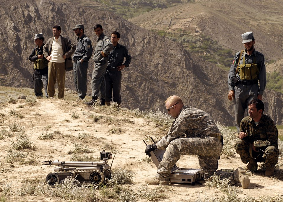 Coalition forces, local government thwart IED in Panjshir