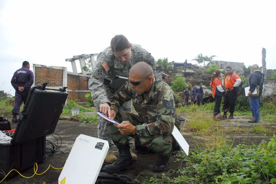 Civil engineers enhance El Salvador exercise with imagery