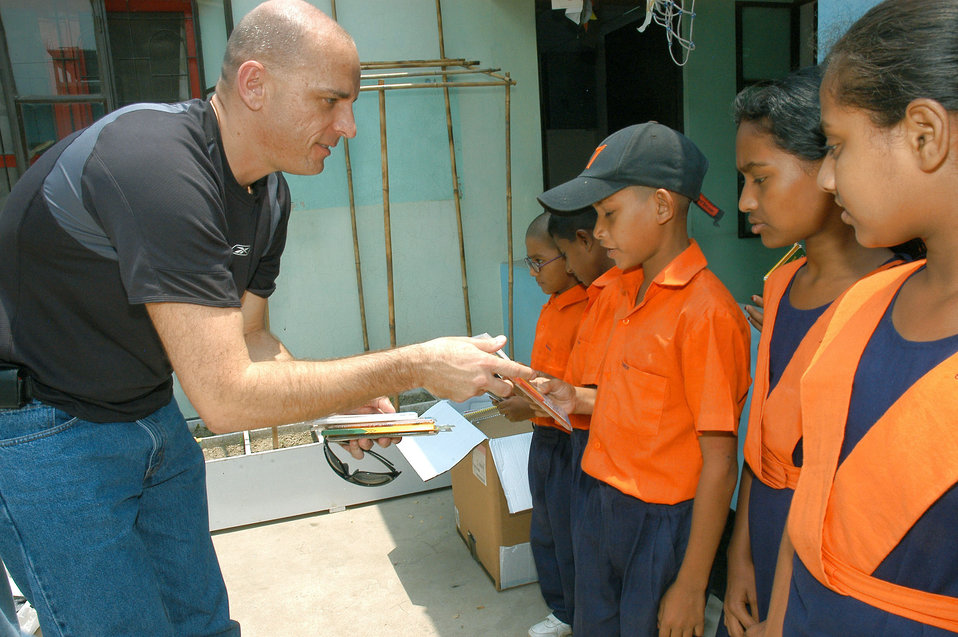 Special operations Airmen reach out to Bangladesh school
