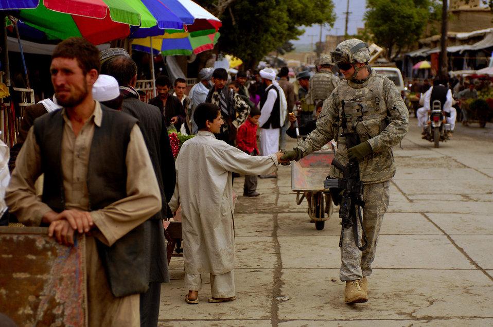 Bagram Airmen provide training to Afghan police