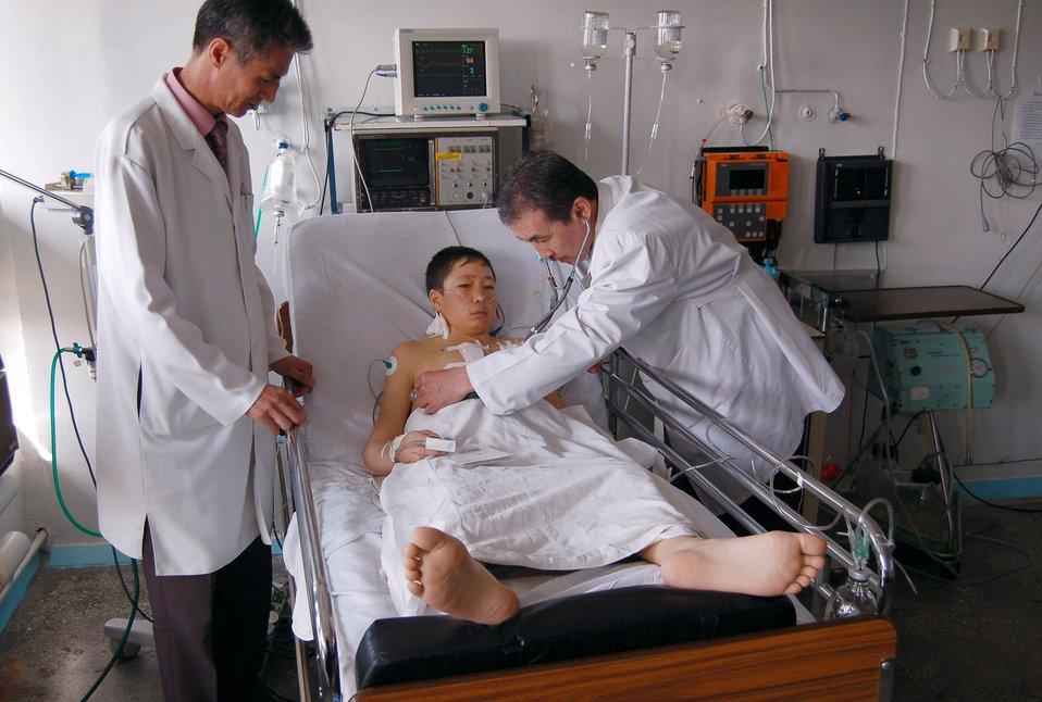 Manas Airmen help Children's Heart Ward