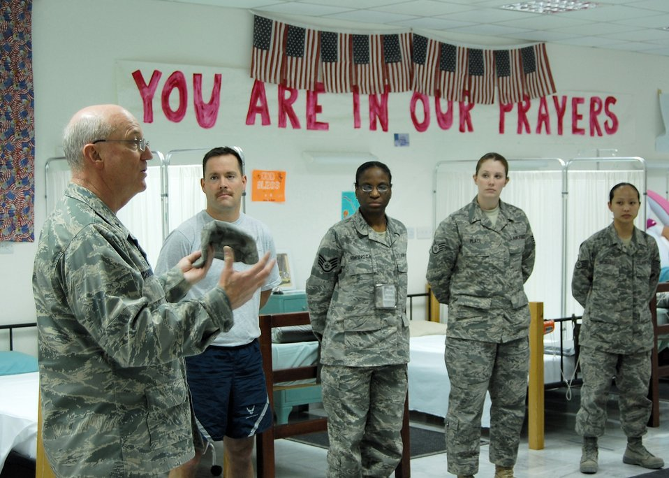 Chaplain brings spiritual message to deployed Airmen