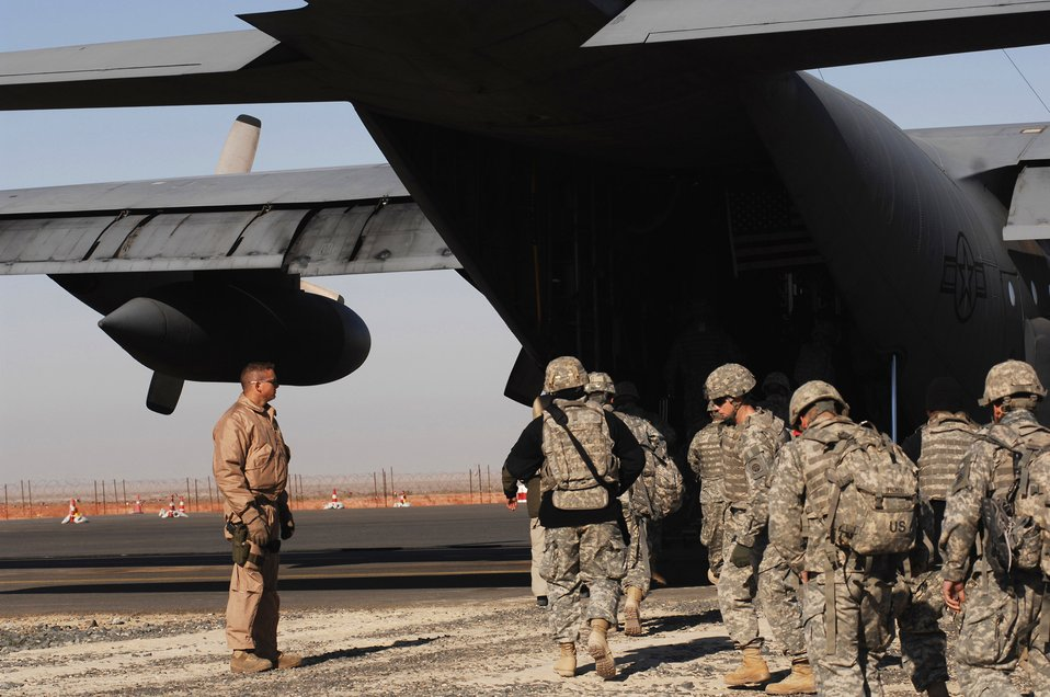 Airmen take Soldiers to the battlefield