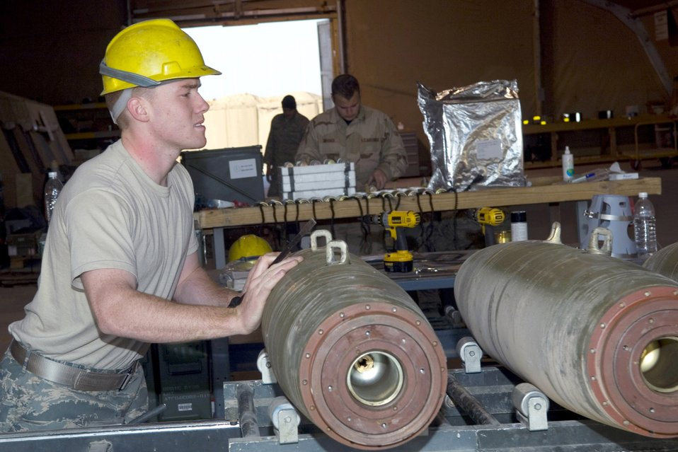 Ammo keeps fighters supplied in quest for Iraqi freedom