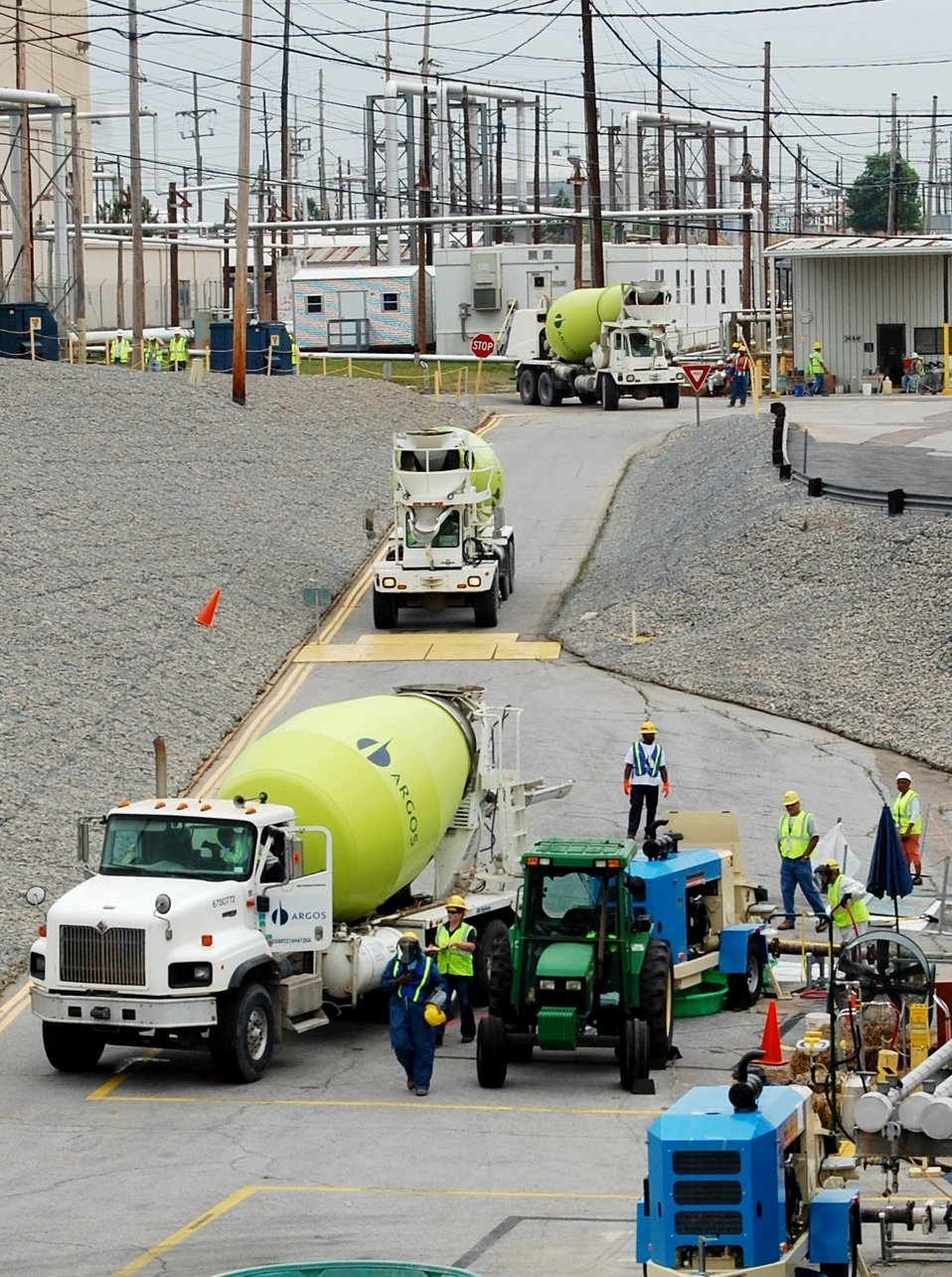 Workers Pour 1 Million Gallons of Grout into Massive Tanks