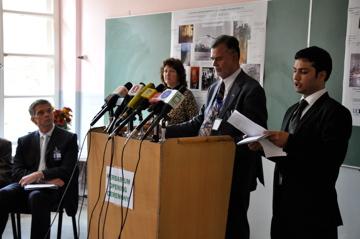 پوهنتون کابل لابراتوار نباتی را جهت حفظ میراث های نباتات افغانستان دوباره افتتاح نمود