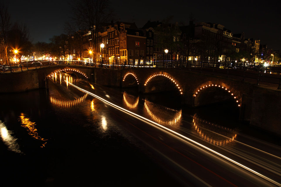 Illuminated bridges