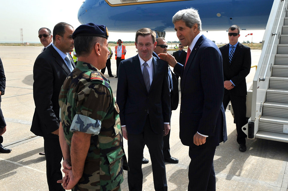 Secretary Kerry Is Greeted by Lebanese General Upon Arrival to Beirut