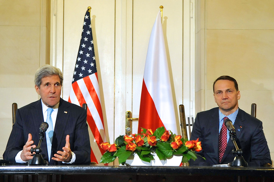 Secretary Kerry Speaks After Signing Innovation Agreement With Polish Foreign Minister Sikorski