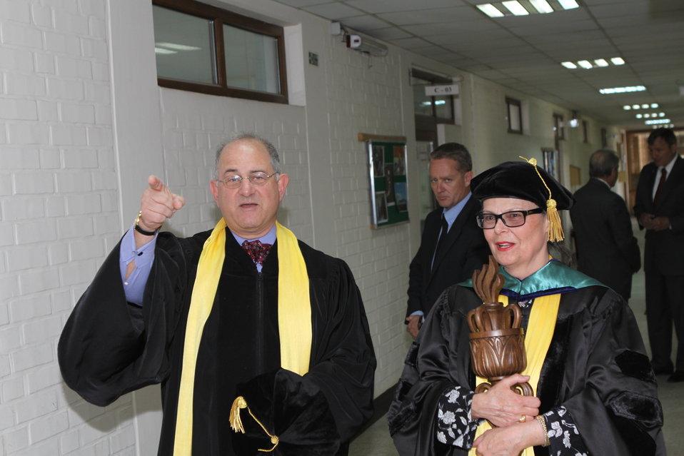 100526 AUAF Graduation 037