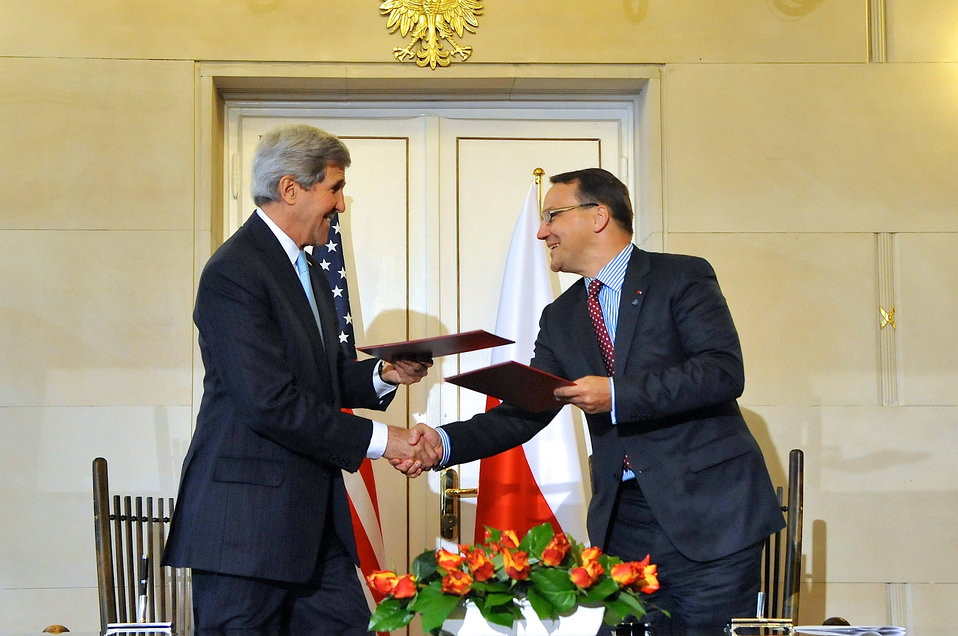 Secretary Kerry, Polish Foreign Minister Sikorski Exchange Copies After Signing Innovation Framework Agreement