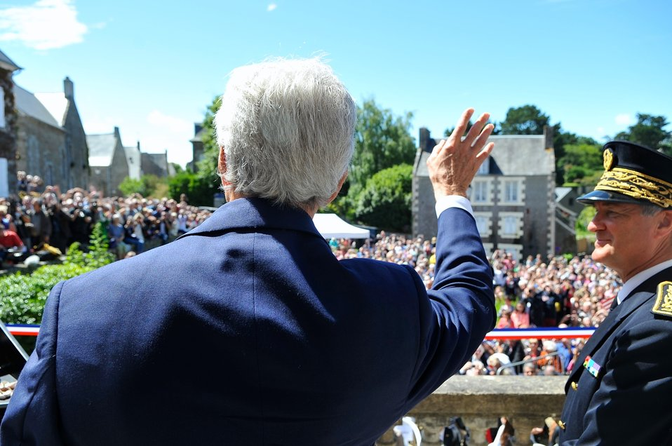 Secretary Kerry Waves to Saint Briac Residents as He Arrives for WWII Commemoration Ceremony