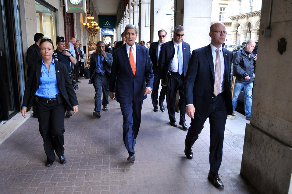 Secretary Kerry Takes Walk Through Streets of Paris Between Meetings