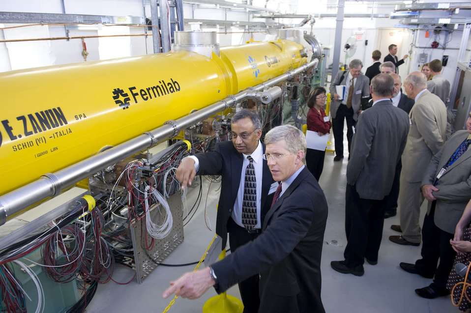 In collaboration with U.S. industry and laboratories in Europe and Japan, Fermilab is building a test accelerator based on superconducting accelerator components that are cooled to minus 450 degrees Fahrenheit.