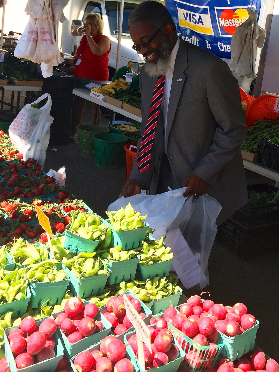 Dr Parham at the USDA Farmers Market Opening