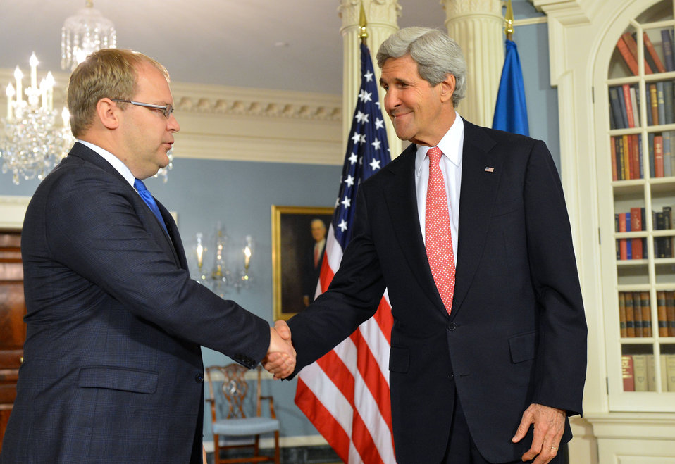 Secretary Kerry Shakes Hands With Estonian Foreign Minister Paet