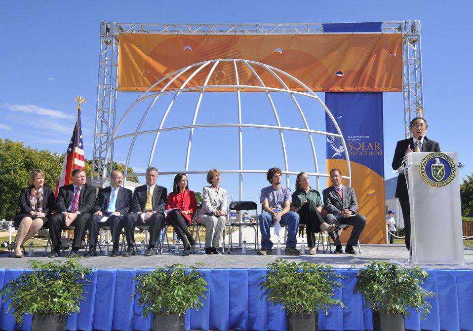 Solar Decathlon 2009 on the National Mall, with Sec. Chu