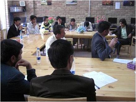 Workshop on Media Roundtables and Social Media