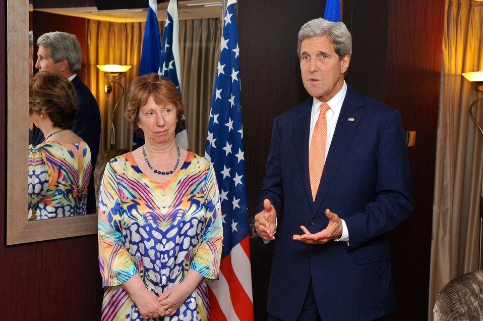 Secretary Kerry, EU Representative Ashton Address Reporters in London