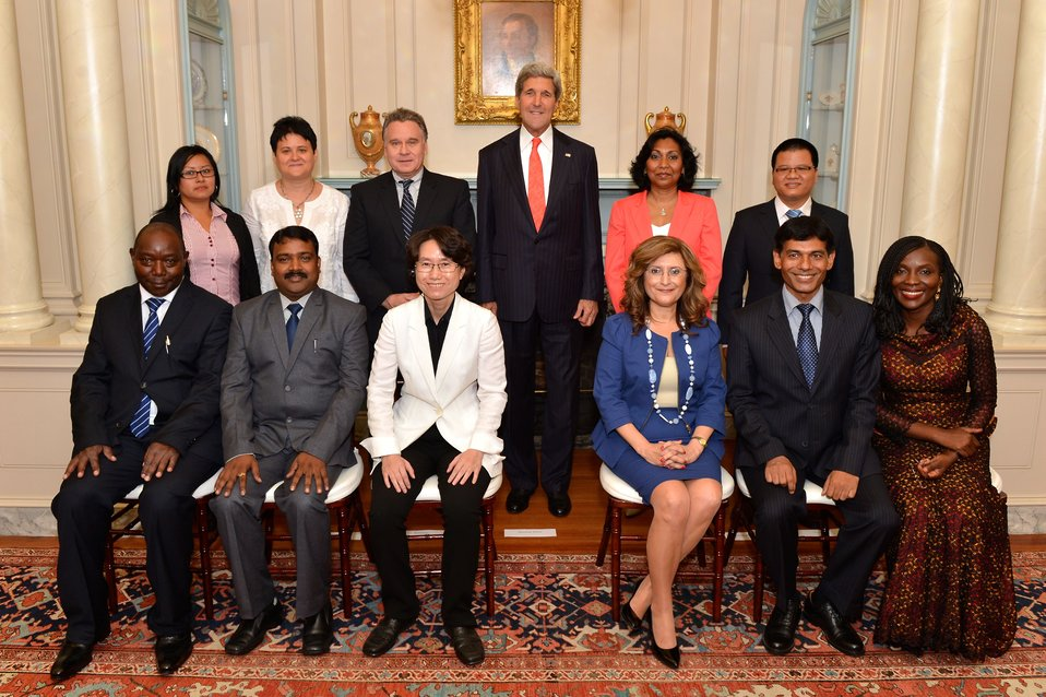 Secretary Kerry Poses for a Photo With the 2014 TIP Report Heroes