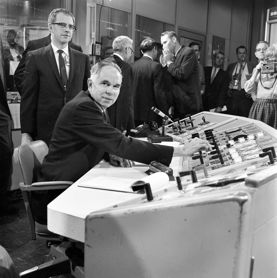 Startup of MSRE with U-233 with Atomic Energy Commission Chairman Glenn Seaborg on the controls  1968 Oak Ridge