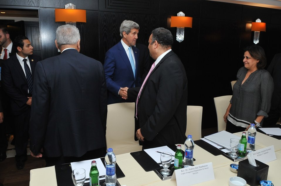 Secretary Kerry Meets With Egyptian Civil Society
