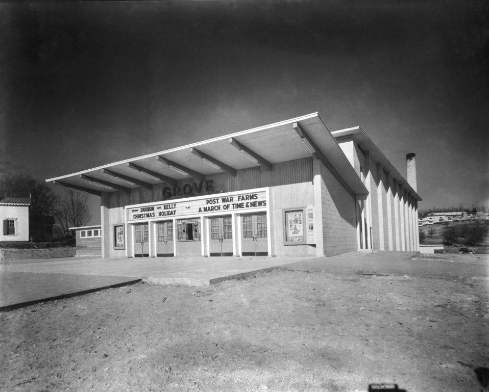 Grove Theater 1944 Oak Ridge