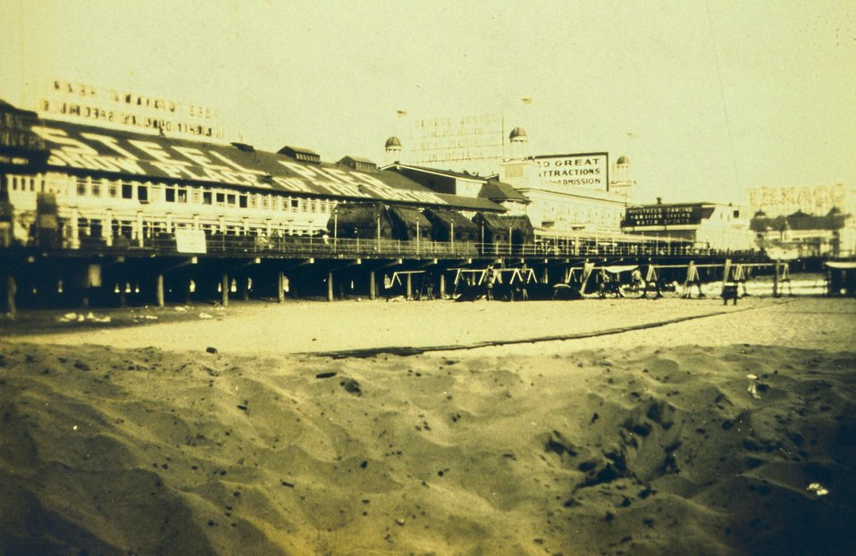 The steel pier at Atlantic City, 'Show Place of the Nation.'