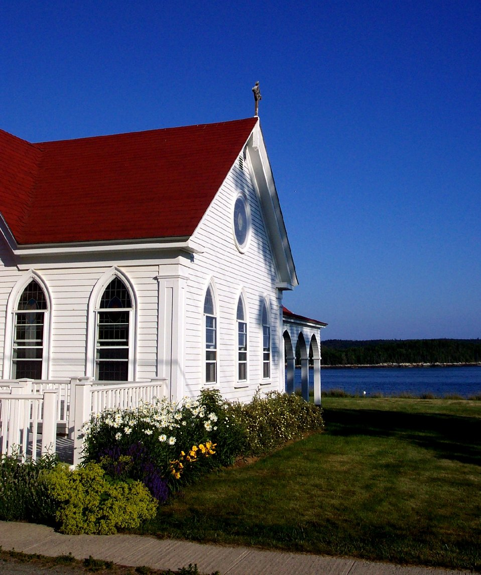 An oceanside church at Castine.