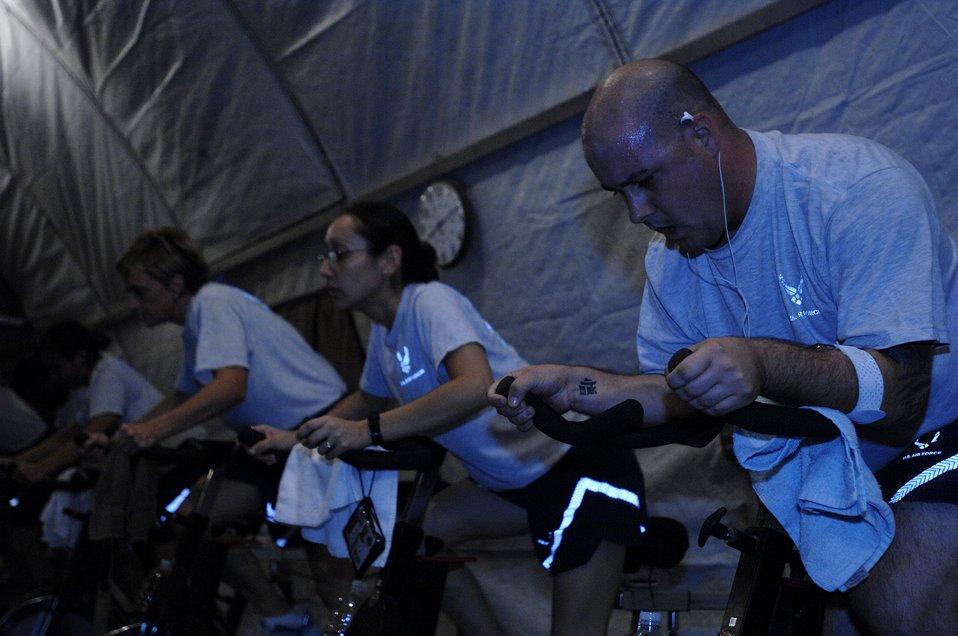 Fitness center helps Airmen lighten up for New Year, beyond