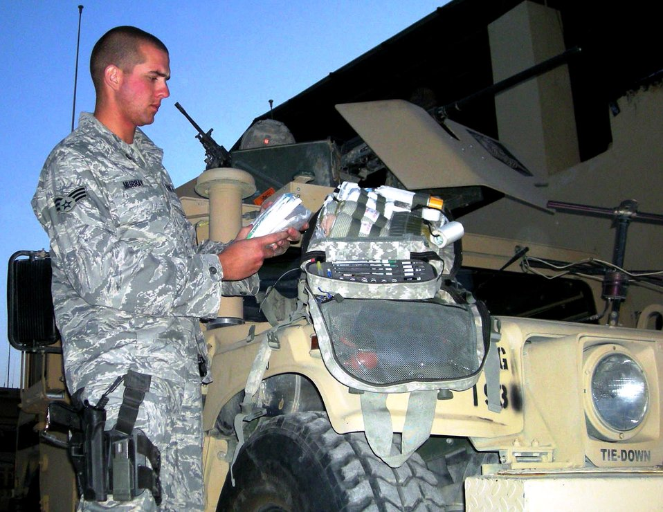 Airmen medic comes to aid of Soldiers, Afghans