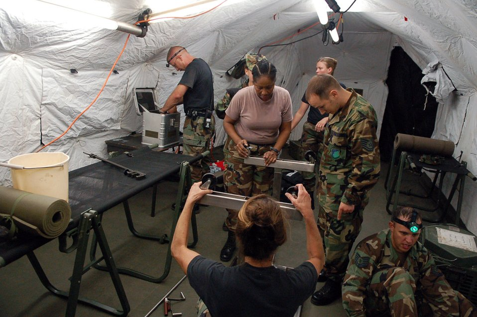 Mobile surgical team trains under cover of darkness