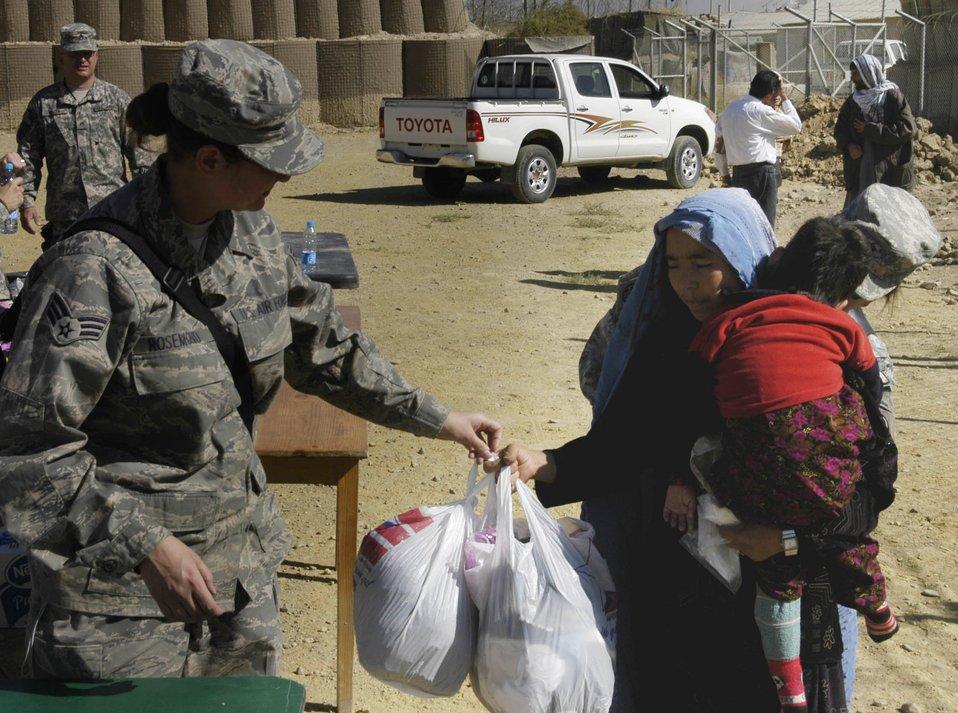 Bagram Airmen help bring better life to Afghan families