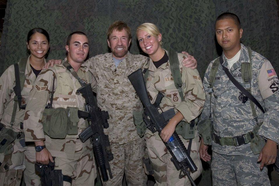 Chuck Norris visits deployed Airmen