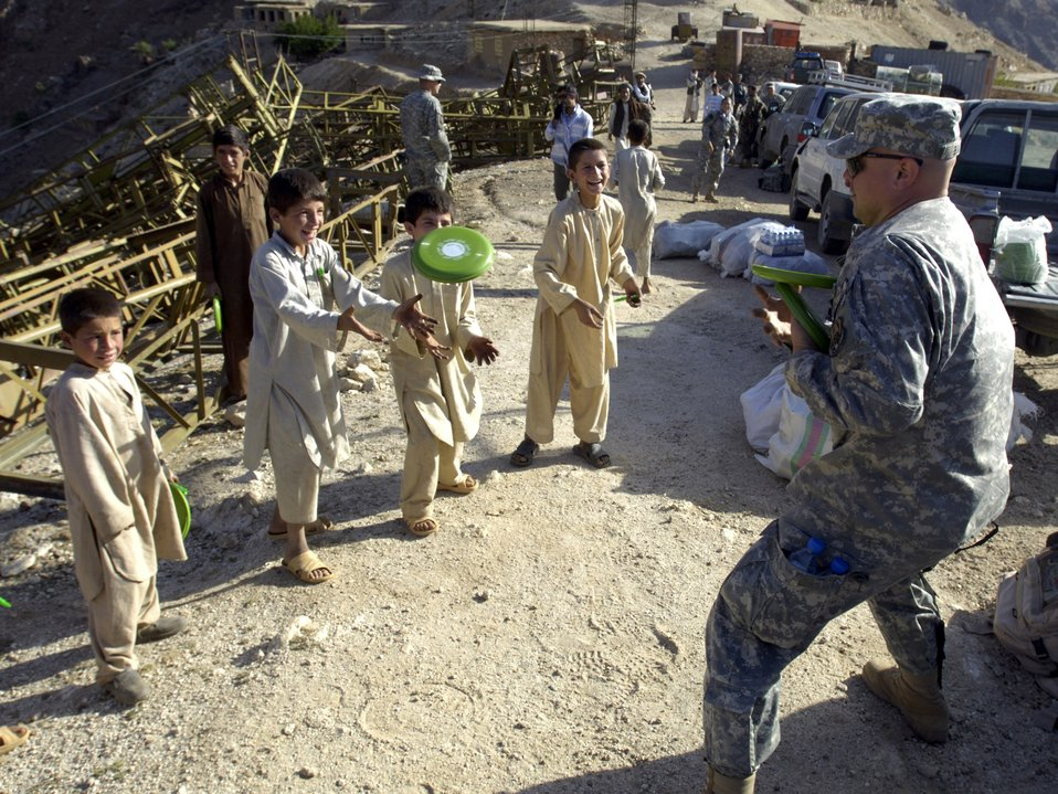 Airmen trek over mountains to deliver aid in Afghanistan