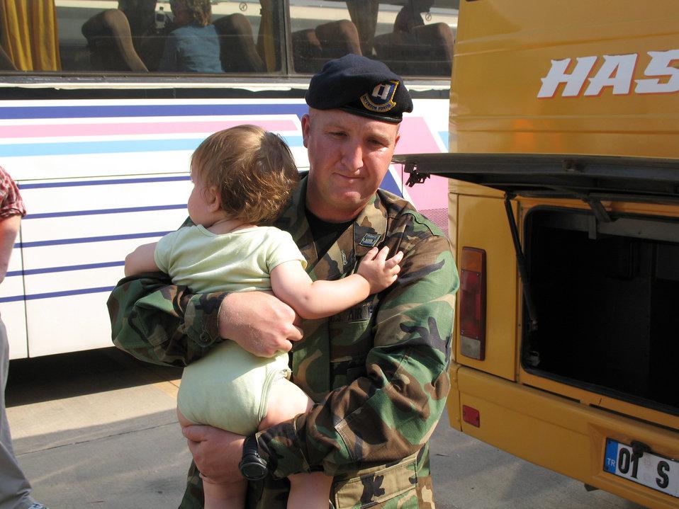 Americans arrive in Turkey from Lebanon