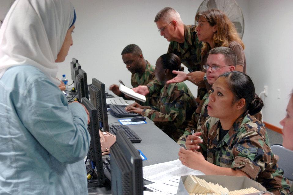 Incirlik assists Americans fleeing Lebanon