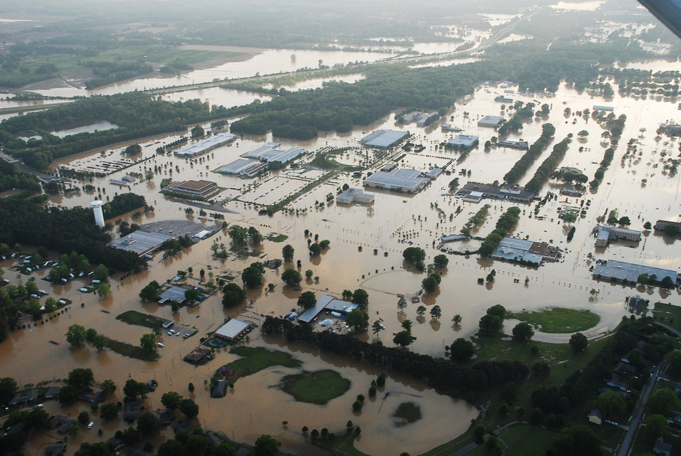 Rescue center members assist with saving 330 lives in Tennessee