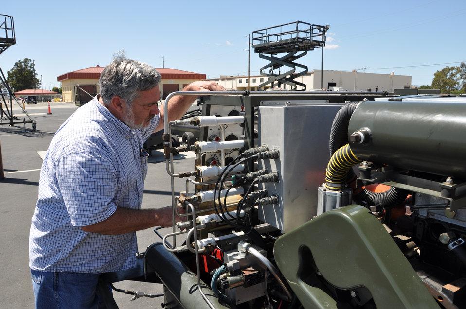AGE technician earns $30k for innovation