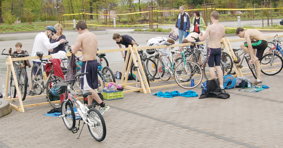 Triathlon kicks off fitness month, brings families together