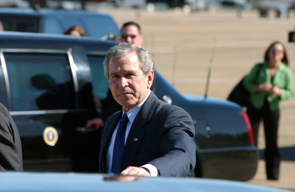 Bush breezes through Barksdale